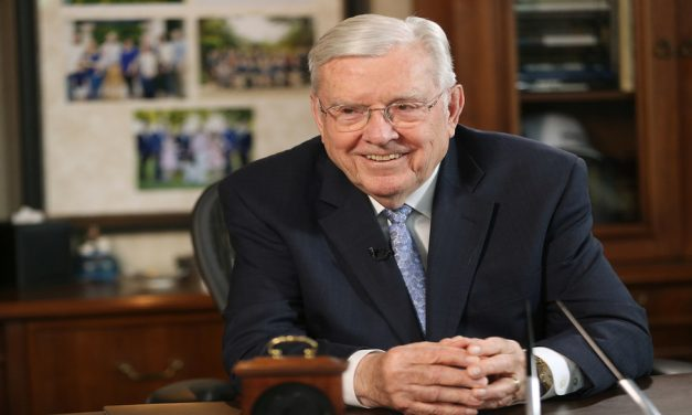 El Presidente Ballard comparte 8 sugerencias para equilibrar las exigencias de la vida
