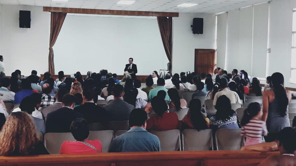 educación y salud en Ecuador.