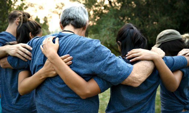 7 maneras en que podemos amar y aceptar mejor a nuestros hermanos y hermanas LGBTQ