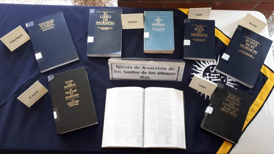 El Libro de Mormón fue presentado en el Museo de Textos Sagrados