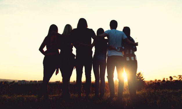 ¿Por qué la amistad es más fuerte con el tiempo?