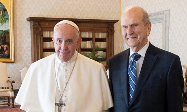 Cuando dos líderes religiosos se reúnen: el Papa Francisco y el Presidente Russell M. Nelson en el Vaticano