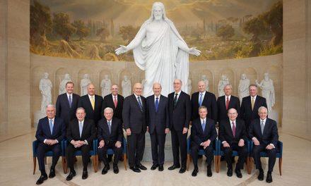 El presidente Nelson expresa su testimonio en Roma, Italia