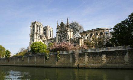 Presidente Nelson envía un mensaje de solidaridad al Papa Francisco después del incendio de la Catedral de Notre Dame
