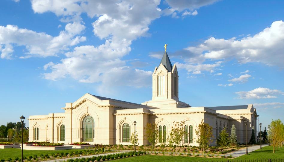 anuncio de nuevos templos