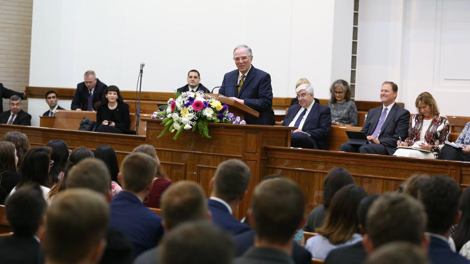 Elder Andersen en Chile y Argentina