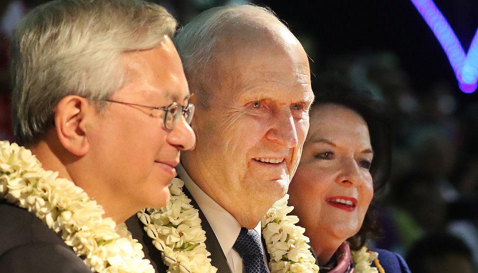 """Presidente Nelson en Tahití: """"Prepárate para los ataques del adversario"""""""