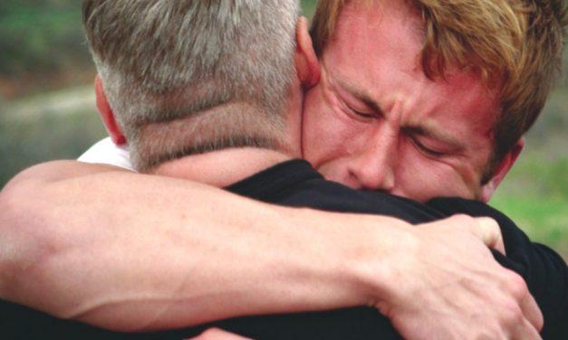 Cómo reaccionar cuando un hijo se aleja de la Iglesia