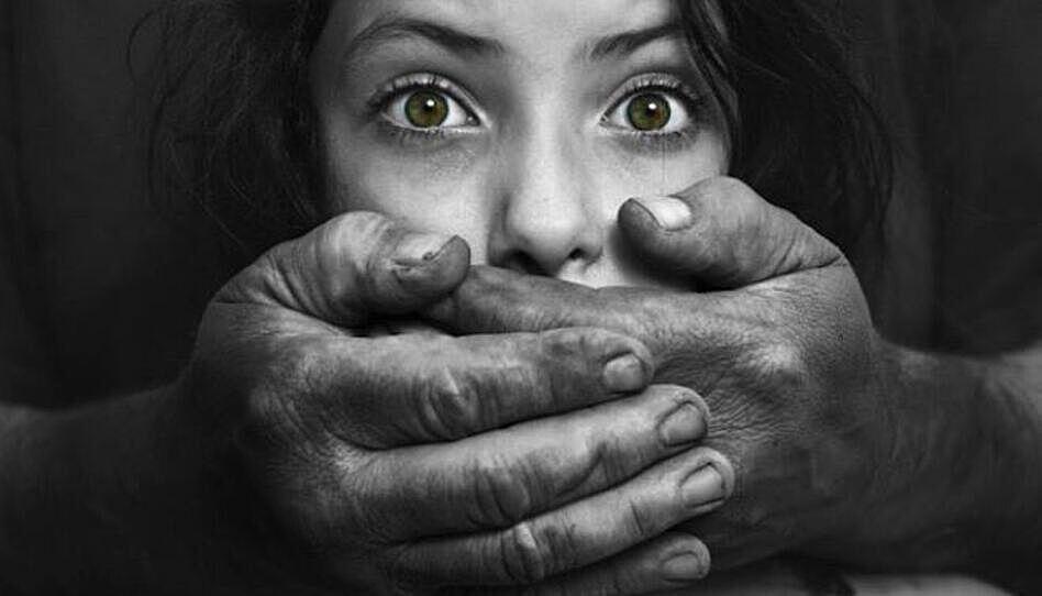 Sobreviviente de la trata de personas: Qué saber, cómo ayudar