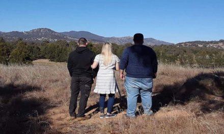 Ex misionera se reúne con el conductor que casi la mata