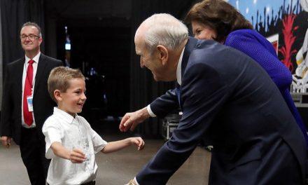 Cómo la visita del Presidente Nelson hizo realidad los sueños en Orlando