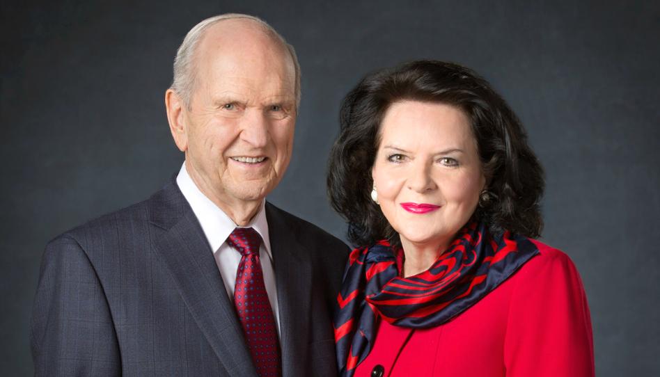 Mira: La hermana Wendy Nelson comparte cómo el Señor los unió a ella y al Presidente Nelson