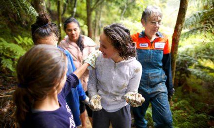 6 características que pueden ayudar a las Mujeres Jóvenes a ver el liderazgo como una responsabilidad sagrada