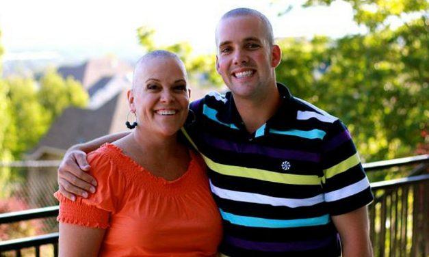 Cómo el cáncer llevó a una madre Santo de los Últimos Días y a su hijo a crear una compañía de chocolates