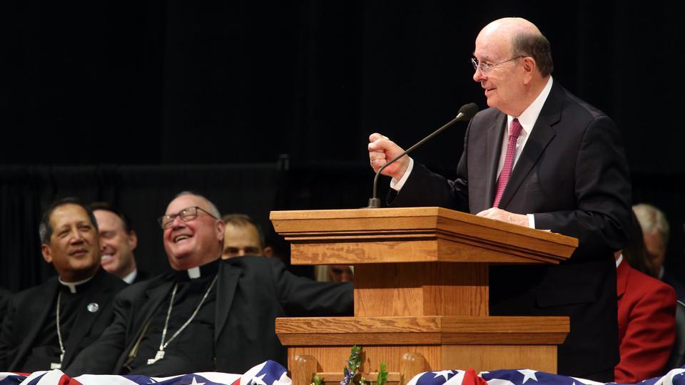 un apostol y un cardenal