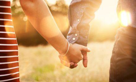 """Terapeuta Santo de los Últimos Días: Por qué nos gusta salir con """"chicos malos"""" + qué es lo que realmente hace que las relaciones sean emocionantes"""