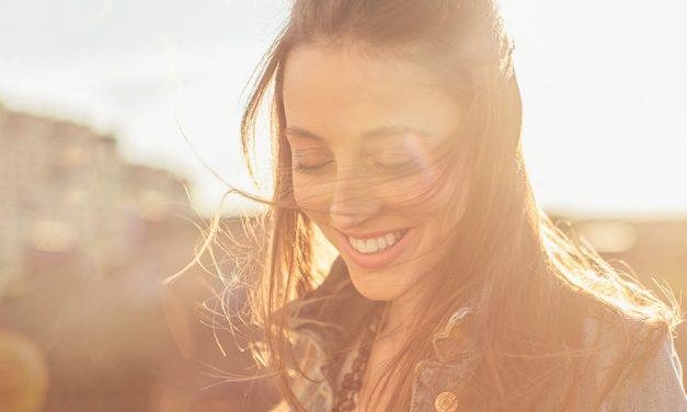 Tener una vida feliz es una elección diaria ¡haz que cada momento valga la pena!