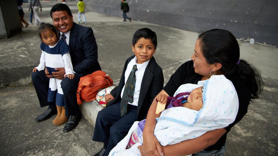 presidente Nelson en Ecuador