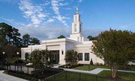 El Templo de Raleigh, Carolina del Norte está rededicado