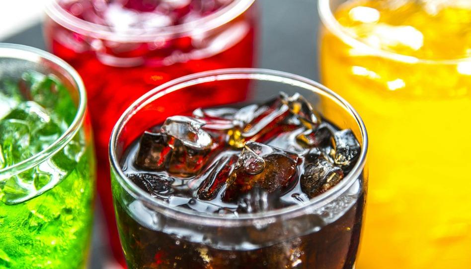 ¿Podemos consumir bebidasgaseosascomo Coca-Cola y Pepsi?