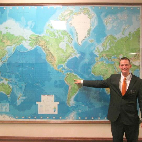 Logan Groll misionero