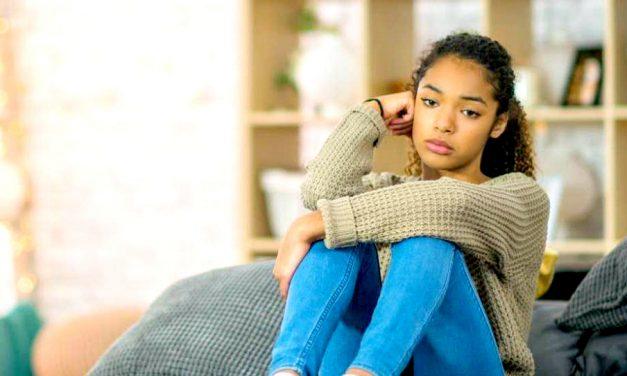 """20 consejos que pueden ayudar a los adolescentes en la """"etapa incómoda"""" de su vida"""