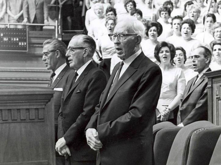 Presidente Smith en la Conferencia General