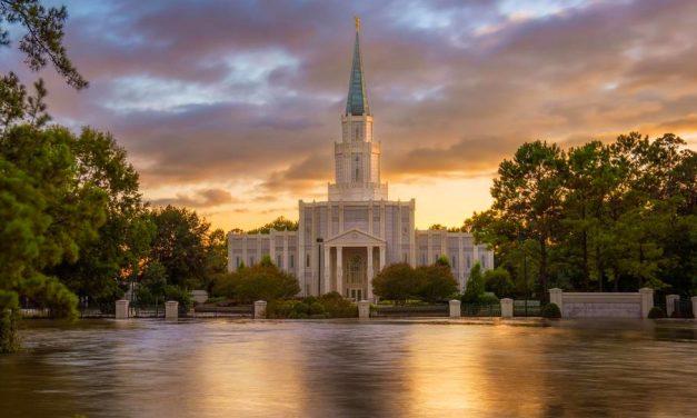 ¿Cuál es el proceso de construcción de un templo de la Iglesia de Jesucristo?