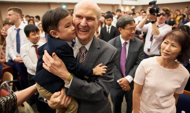 """Presidente Nelson en Singapur: """"Ahora es el momento para mirar hacia adelante"""""""