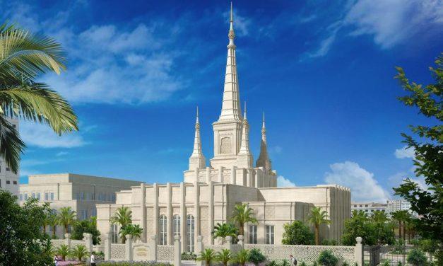 El presidente Nelson presenta el diseño del Templo de Phnom Penh, Camboya