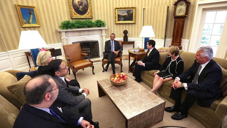 élder Uchtdorf con Obama