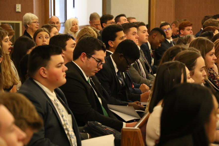 La promesa del élder Cook para los misioneros que se sienten desanimados