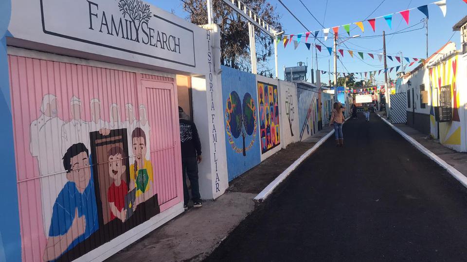 Se inagura la calle dedicada a la Historia Familiar en México