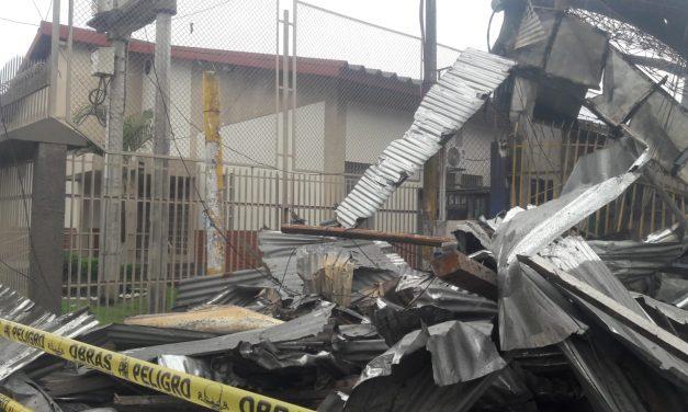 Iglesia de Jesucristo se salva milagrosamente de un terrible incendio en Perú