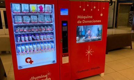 """Máquinas de donaciones de """"Ilumina el Mundo"""" llegan a Chile para ayudar a los niños quemados"""