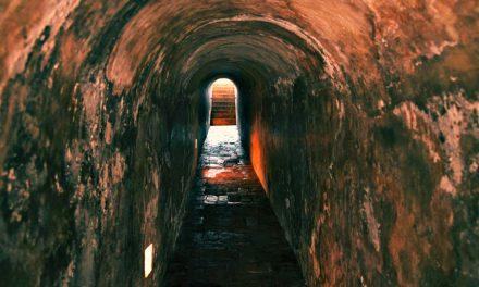 Una luz al final del túnel: Aférrate a la esperanza en los peores momentos