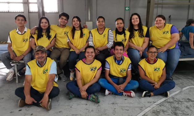 La Iglesia de Jesucristo contribuye con la educación de niños pobres