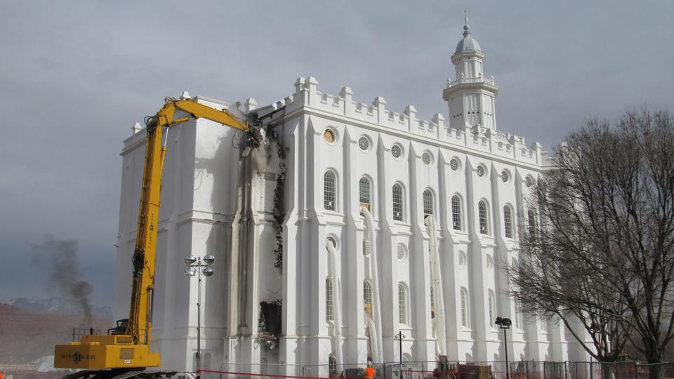 Se inicia la reconstrucción del histórico Templo de St. George, Utah