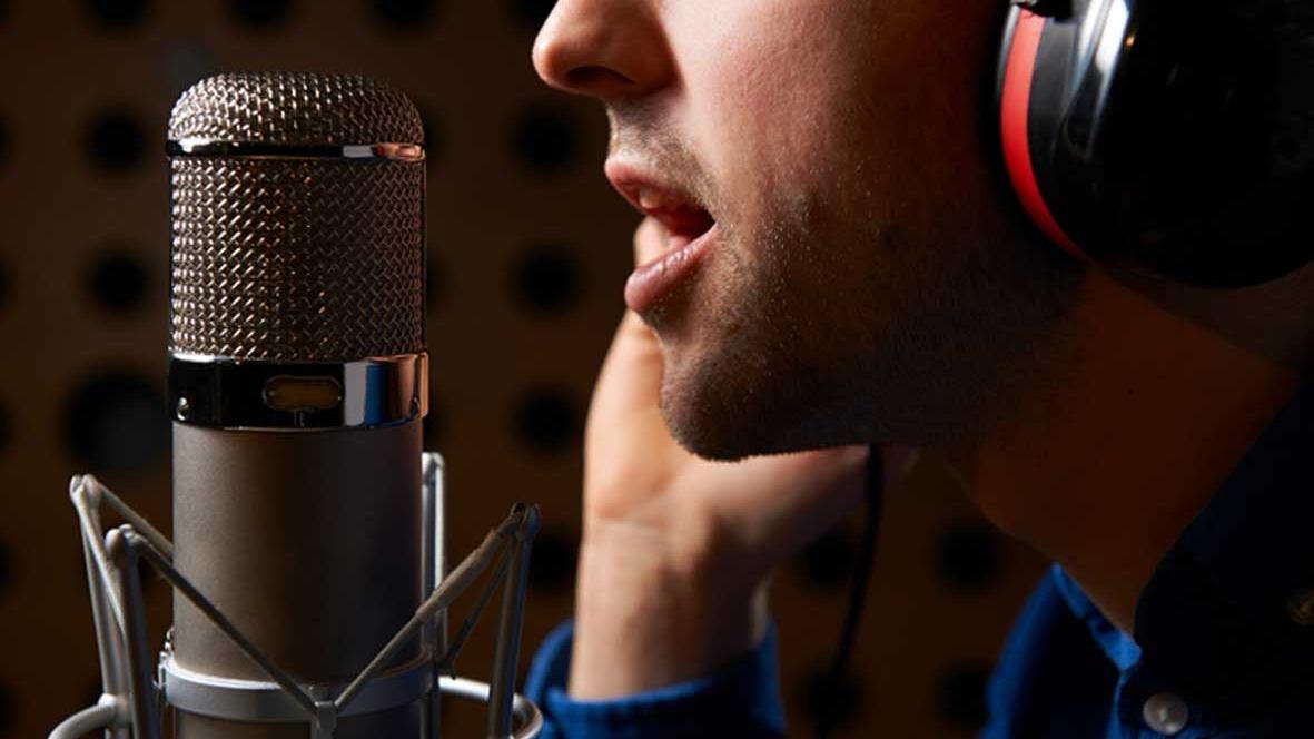 casting de radio para Más Fe