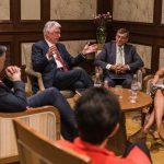 entrevista al élder Uchtdorf en Chile