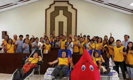 Miembros de la Iglesia de Jesucristo donan sangre para los niños enfermos en Perú