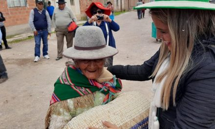 La Iglesia de Jesucristo dona alimentos para 2000 personas en Bolivia