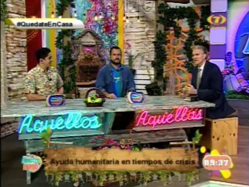 élder Taylor en tv de Paraguay