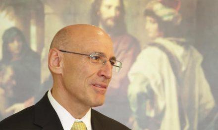 Líder de la Iglesia de Jesucristo explica las medidas frente al COVID-19 en televisión mexicana