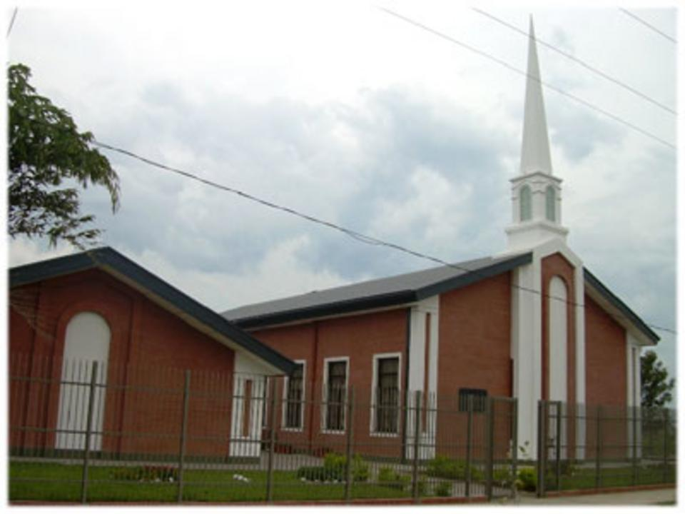 La Iglesia de Jesucristo -centro de reuniones Paraguay