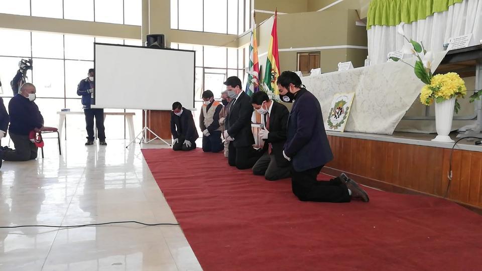 Líderes de diferentes religiones se unen para orar por el fin de esta pandemia en Bolivia