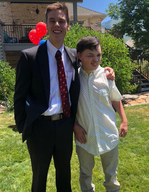 Caleb  y Cory- donación de hígado