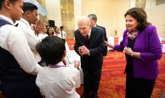 El porqué para el presidente Nelson es importante también reunirse con los pequeños grupos de Santos