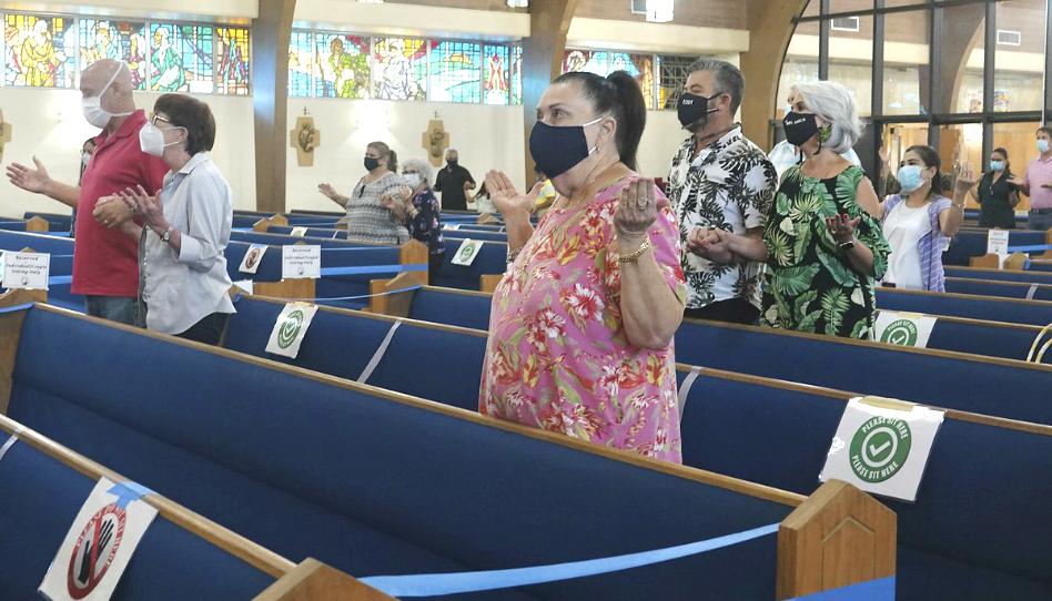 La asistencia a las iglesias ha estado disminuyendo durante décadas. ¿La pandemia lo empeorará?