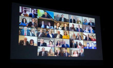 135 parejas de líderes de misión reciben capacitación virtual en 17 países
